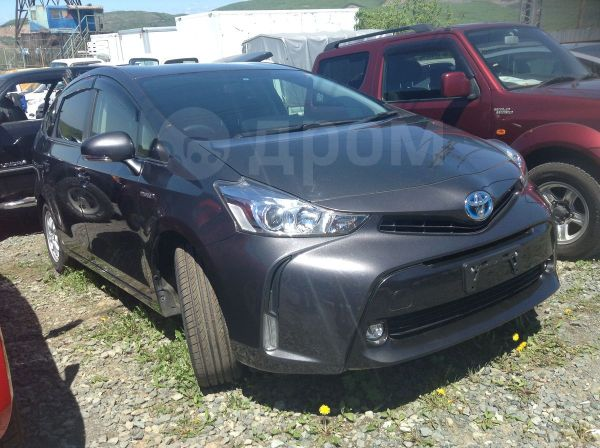 Toyota Prius a, 2015 год, 1 120 000 руб.