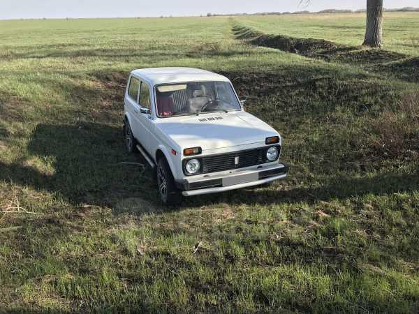 Лада 4x4 2121 Нива, 1986 год, 200 000 руб.