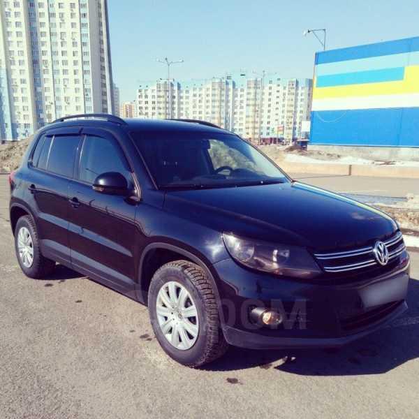 Volkswagen Tiguan, 2013 год, 690 000 руб.