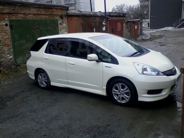 Honda Fit Shuttle, 2013 год, 655 000 руб.