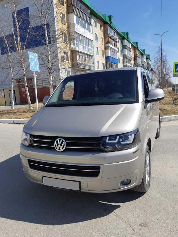Volkswagen Multivan, 2011 год, 1 000 000 руб.