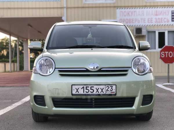 Toyota Sienta, 2012 год, 655 000 руб.