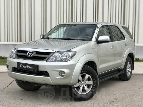 Toyota Fortuner, 2007 год, 997 500 руб.