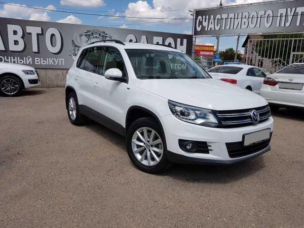 Volkswagen Tiguan, 2015 год, 1 250 000 руб.