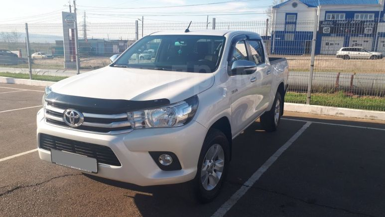 Toyota Hilux Pick Up, 2015 год, 1 860 000 руб.