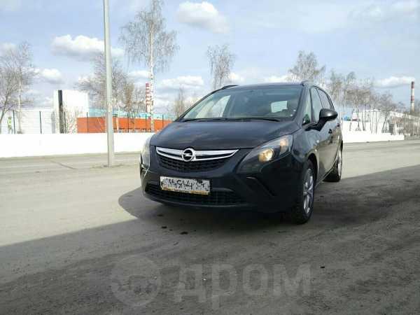 Opel Zafira, 2012 год, 597 000 руб.