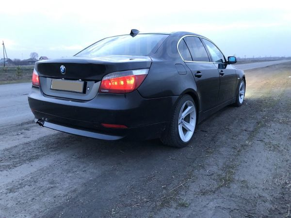 BMW 5-Series, 2004 год, 390 000 руб.