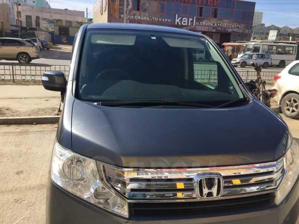 Honda Stepwgn, 2012 год, 860 000 руб.