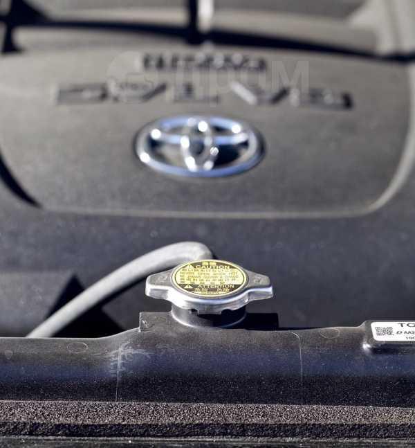 Toyota Tundra, 2014 год, 3 450 000 руб.
