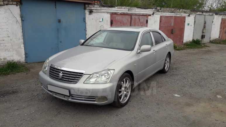 Toyota Crown, 2004 год, 680 000 руб.