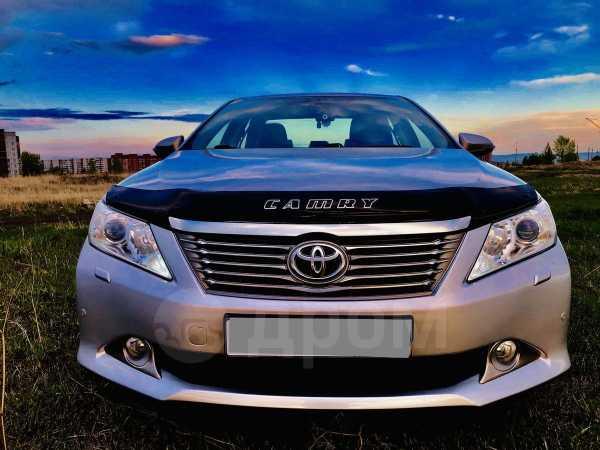 Toyota Camry, 2012 год, 939 000 руб.