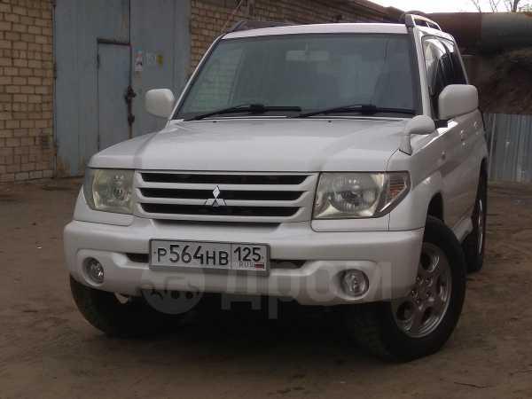 Mitsubishi Pajero iO, 2002 год, 445 000 руб.