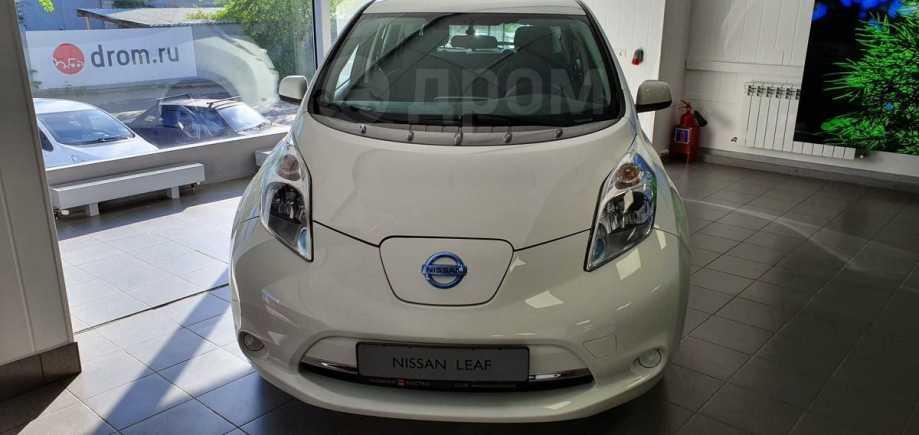 Nissan Leaf, 2015 год, 1 470 000 руб.