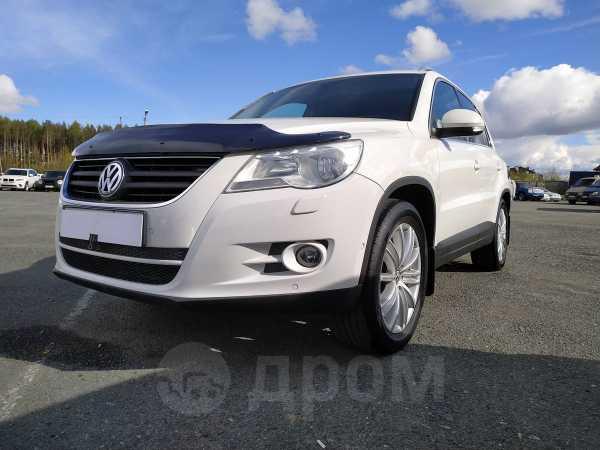 Volkswagen Tiguan, 2010 год, 765 000 руб.