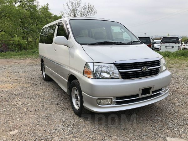 Toyota Grand Hiace, 2001 год, 220 000 руб.