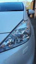 Toyota Prius a, 2014 год, 885 000 руб.