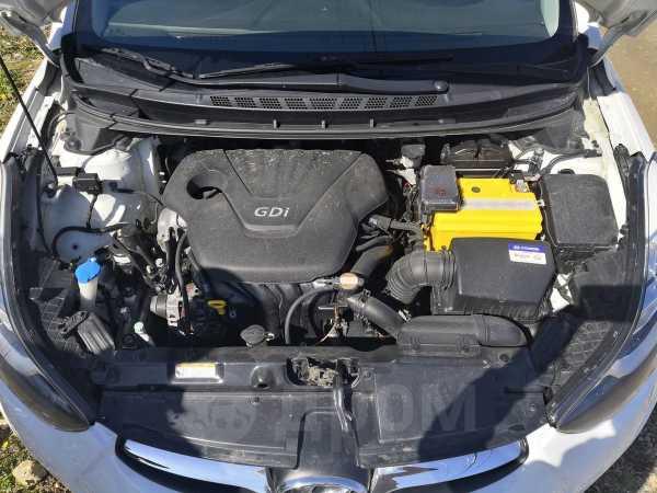 Hyundai Avante, 2011 год, 570 000 руб.