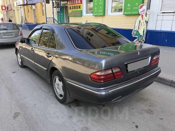 Mercedes-Benz E-Class, 1995 год, 185 000 руб.