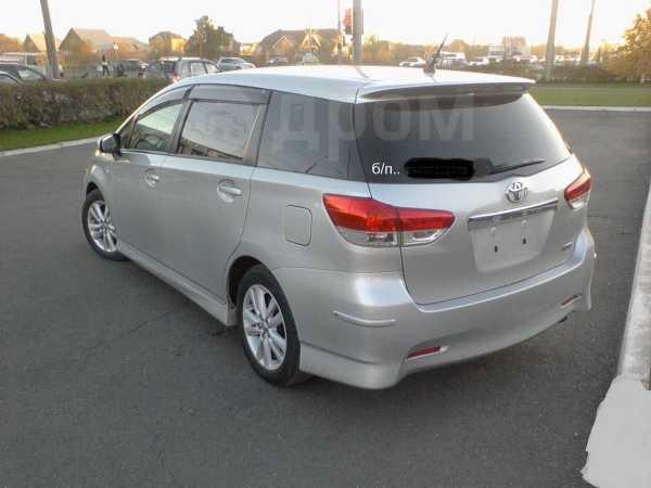 Toyota Wish, 2010 год, 840 000 руб.