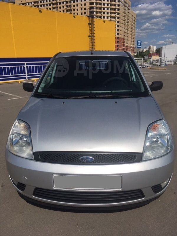 Ford Fiesta, 2005 год, 210 000 руб.