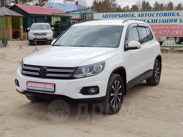 Volkswagen Tiguan, 2012 год, 880 000 руб.