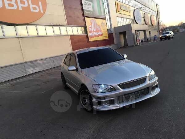 Toyota Altezza, 2000 год, 485 000 руб.