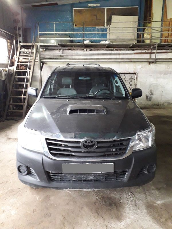 Toyota Hilux Pick Up, 2012 год, 800 000 руб.