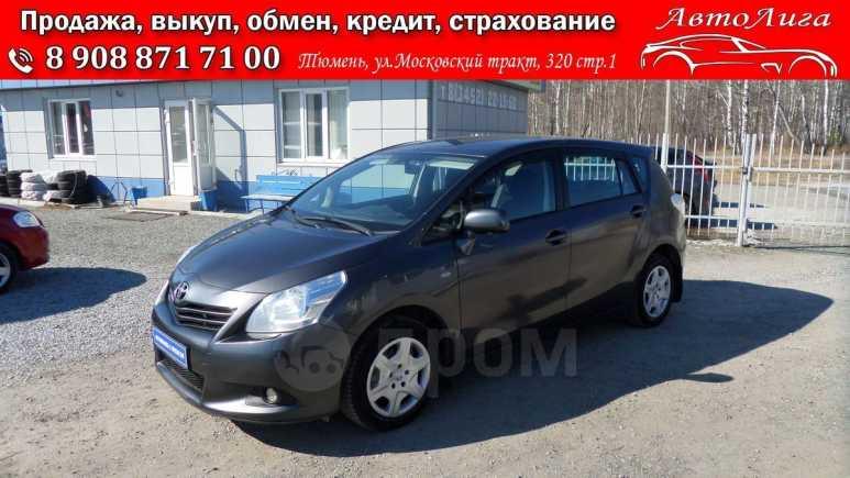 Toyota Verso, 2012 год, 725 000 руб.