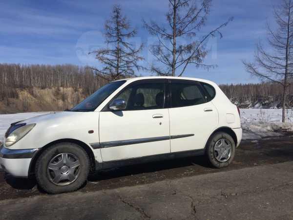 Toyota Duet, 2000 год, 195 000 руб.