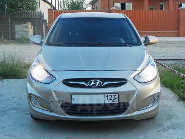 Hyundai Solaris, 2012 год, 470 000 руб.