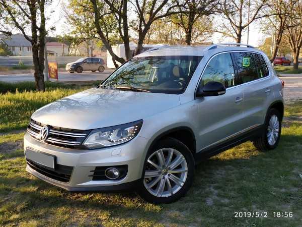 Volkswagen Tiguan, 2013 год, 970 000 руб.