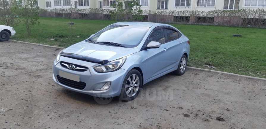 Hyundai Solaris, 2011 год, 525 000 руб.