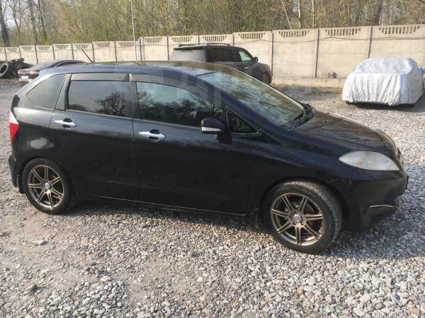 Honda Edix, 2004 год, 390 000 руб.