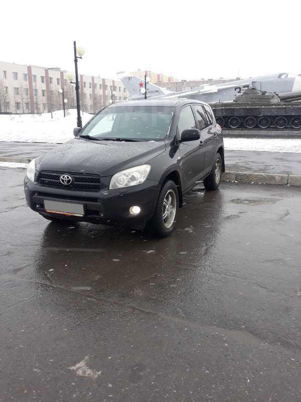 Toyota RAV4, 2006 год, 600 000 руб.