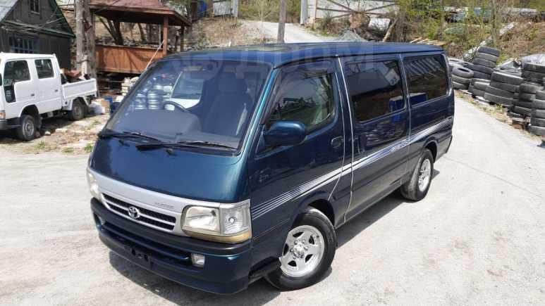 Toyota Hiace, 2004 год, 450 000 руб.
