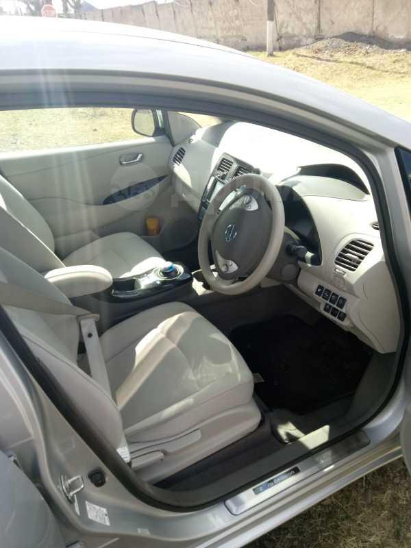 Nissan Leaf, 2012 год, 580 000 руб.