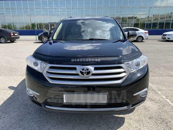 Toyota Highlander, 2013 год, 1 300 000 руб.