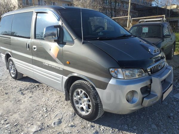 Hyundai Starex, 2002 год, 385 000 руб.