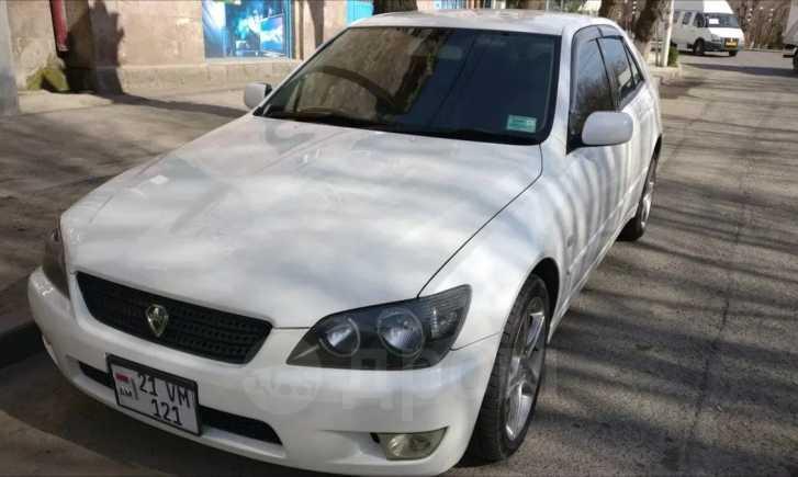 Toyota Altezza, 2002 год, 333 000 руб.