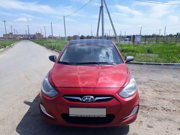 Hyundai Solaris, 2013 год, 368 000 руб.