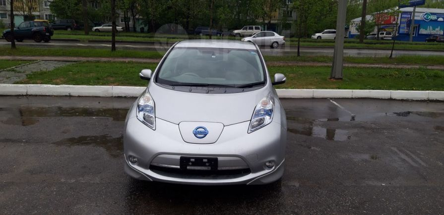 Nissan Leaf, 2011 год, 399 000 руб.