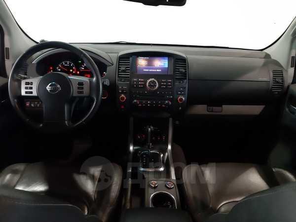 Nissan Pathfinder, 2010 год, 959 000 руб.