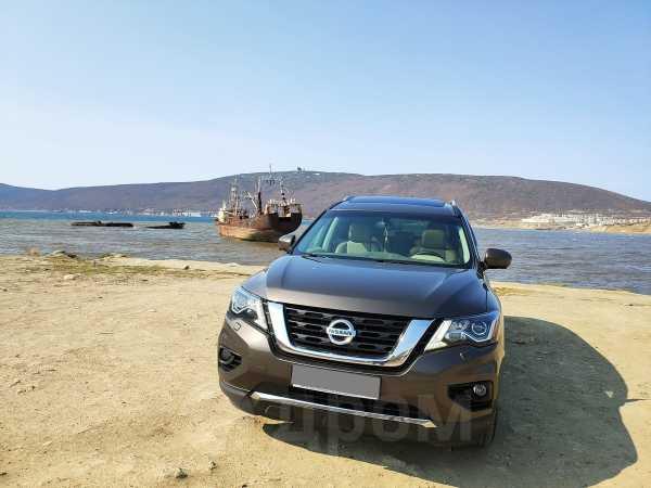 Nissan Pathfinder, 2014 год, 1 970 000 руб.