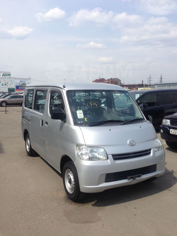 Toyota Town Ace, 2012 год, 679 000 руб.