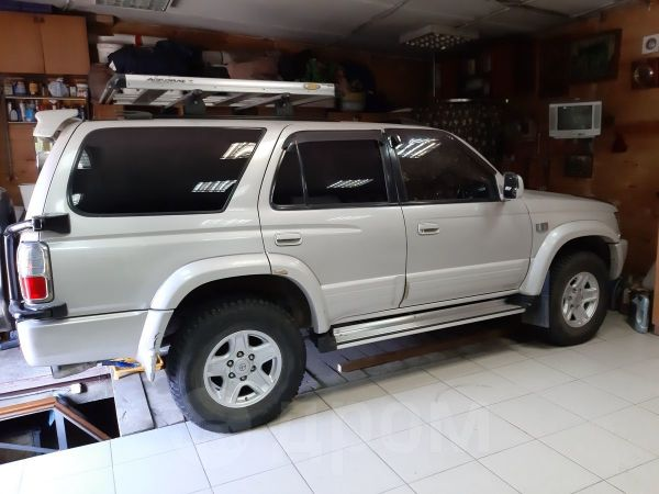 Toyota Hilux Surf, 2000 год, 635 000 руб.