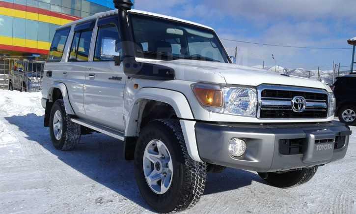 Toyota Land Cruiser, 2016 год, 4 545 000 руб.