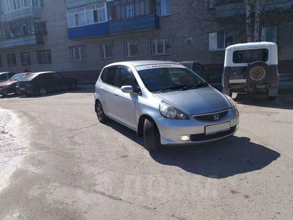 Honda Fit, 2005 год, 215 000 руб.