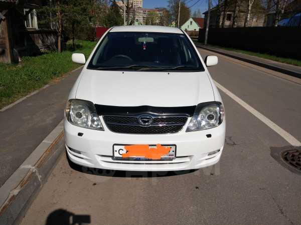 Toyota Corolla Fielder, 2003 год, 330 000 руб.