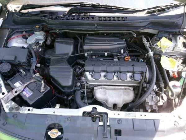 Honda Stream, 2004 год, 390 000 руб.