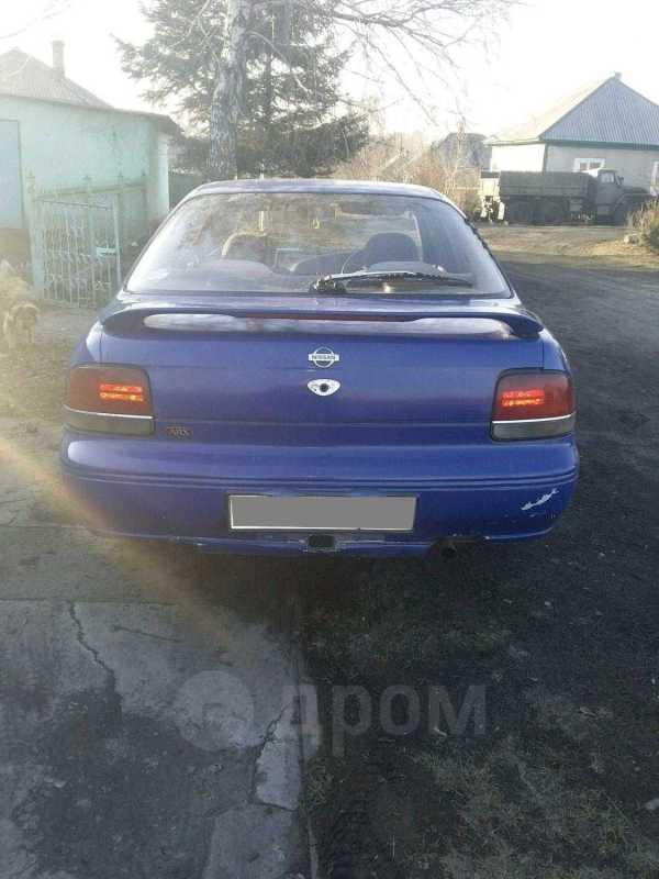 Nissan Bluebird, 1992 год, 65 000 руб.